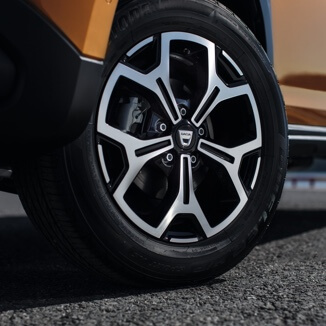 Dacia Duster alloy wheel