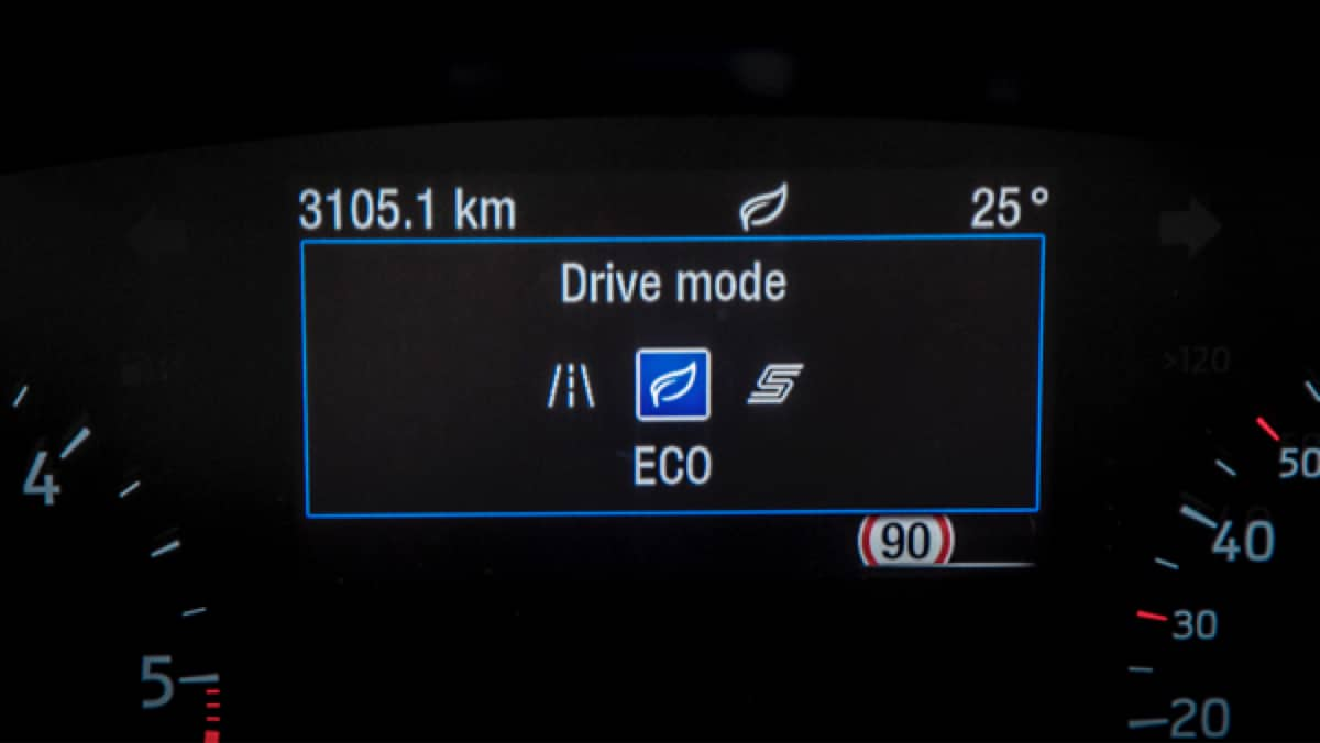 Ford Focus 3 drive modes on dashboard screen