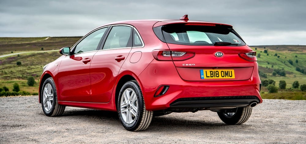 Red Kia Ceed 5dr 2