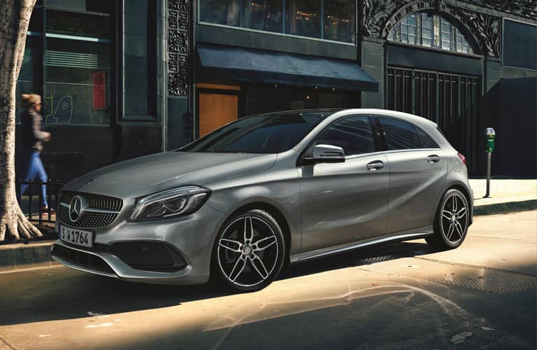Mercedes benz deals new used deals arnold clark for Mercedes benz incentives
