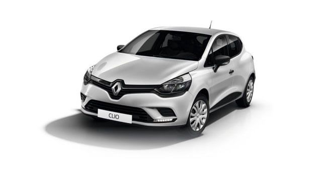 Silver Renault Clio Expression
