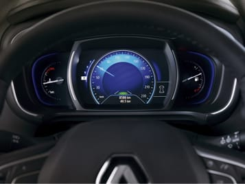 See it all on the digitised instrument panel.