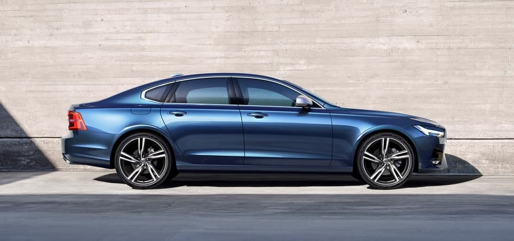 Blue Volvo S90 R-Design D4
